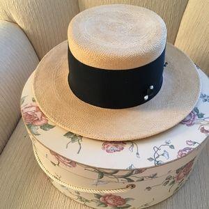 Importina Vintage Hat w/ Vintage Hatpin and Hatbox